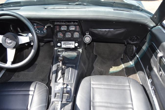 CORVETTE C3 STINGRAY 5.7 V8 AUTO *HISTORICAL PLATES*