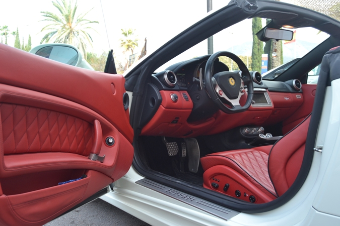 FERRARI CALIFORNIA 4.3 V8 AUTO *NACIONAL*