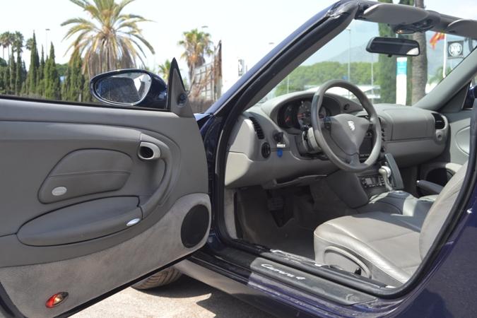 Porsche 911 Carrera 4 Cabrio V6 Auto