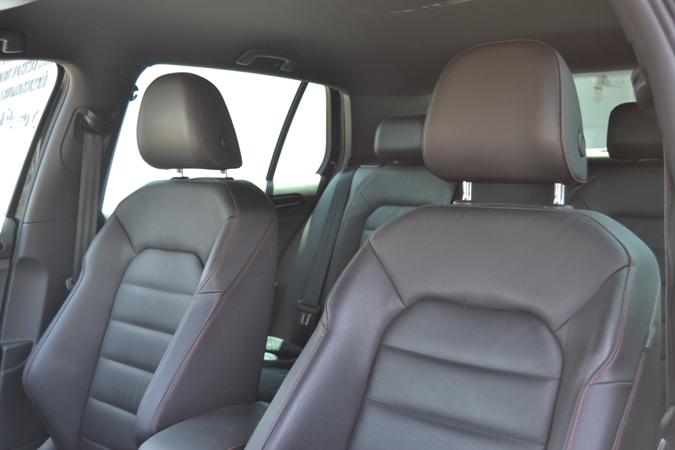 Volkswagen Golf GTI 2.0 TSI DSG 220cv *NACIONAL*