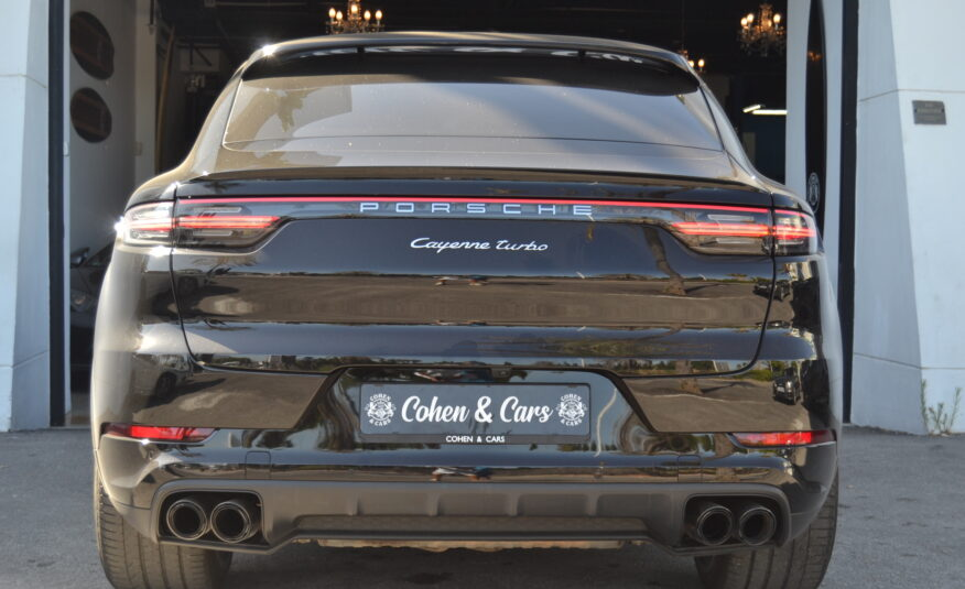 Porsche Cayenne Coupe Turbo 4.0 V8 550cv