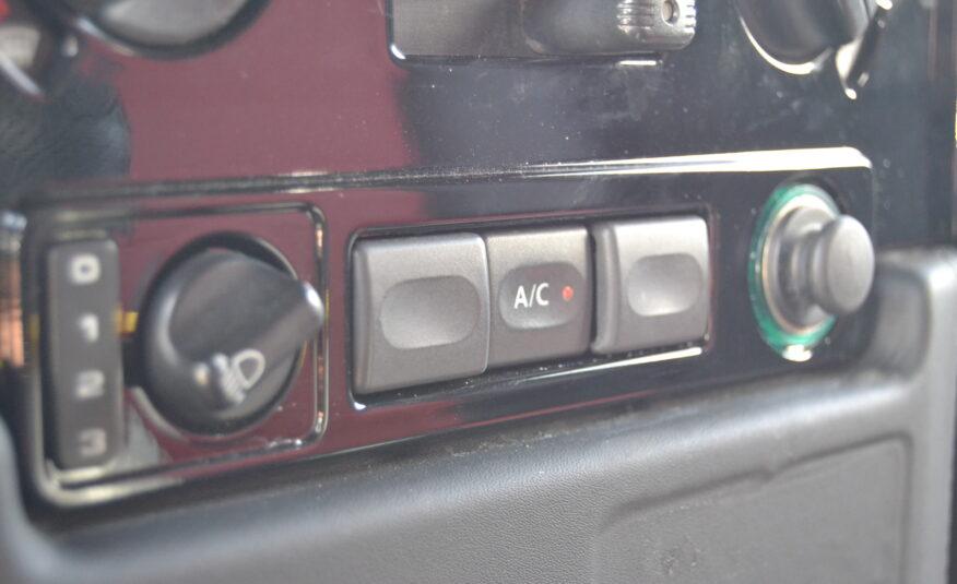 """Land Rover Defender 90 """"Unique Masterpieces"""" *Nacional*"""